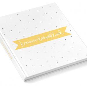 Kraambezoekboek oker
